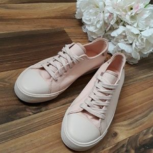 American Eagle  Blush Pink Lace up sneakers